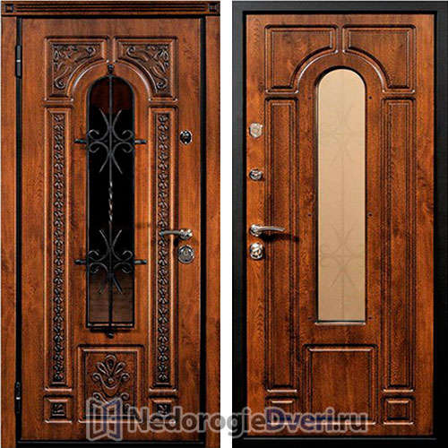 Входная дверь в частный дом Лацио с ковкой